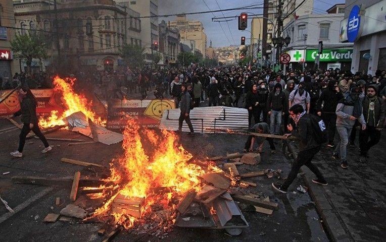 Crisis y caos social en Chile